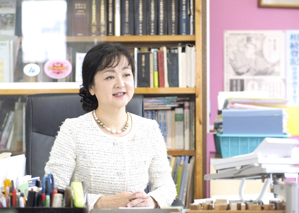 司法書士紹介 知久公子 :埼玉県久喜市 司法書士ちく事務所  相続・遺言・贈与・売買・会社登記・成年後見・訴訟・調停など取り扱っています
